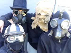 cirkussort-masker